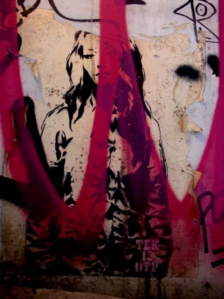 New girl. Tek 13 (OTP). Poster. Barcelona